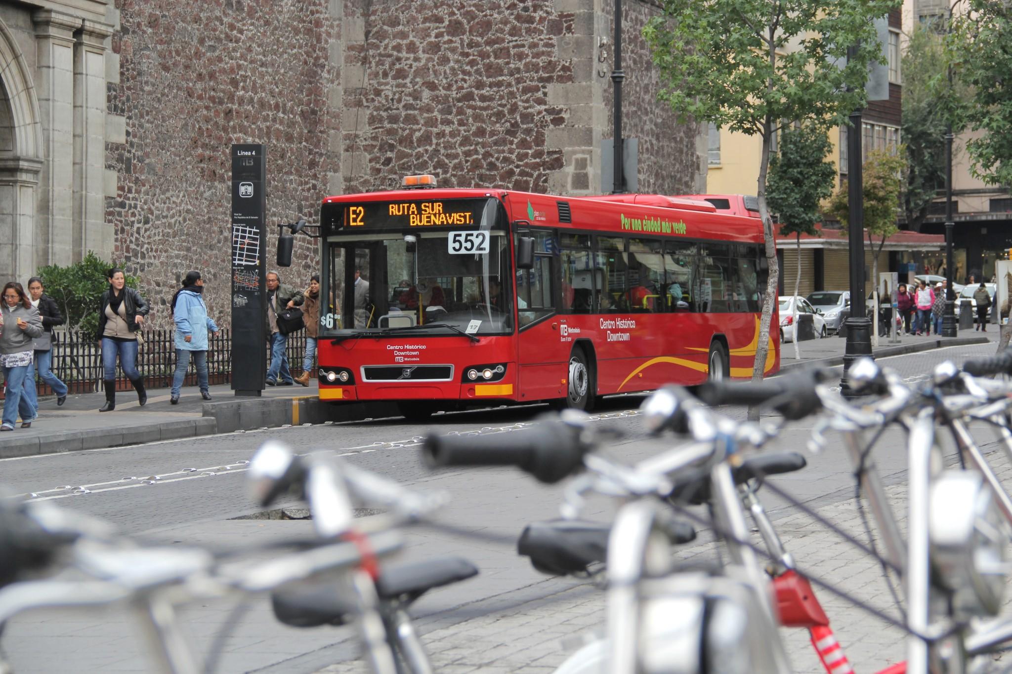 El reto de Paris para transporte: Implicaciones del cambio de objetivo en la COP 21 para el sector transporte, los casos de Colombia y México